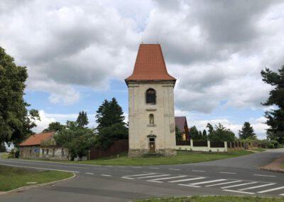 4. Zvonice v obci Dřevčice u Brandýsa nad Labem
