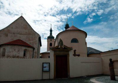 6. Bazilika sv. Václava a kostel sv. Klimenta ve Staré Boleslavi